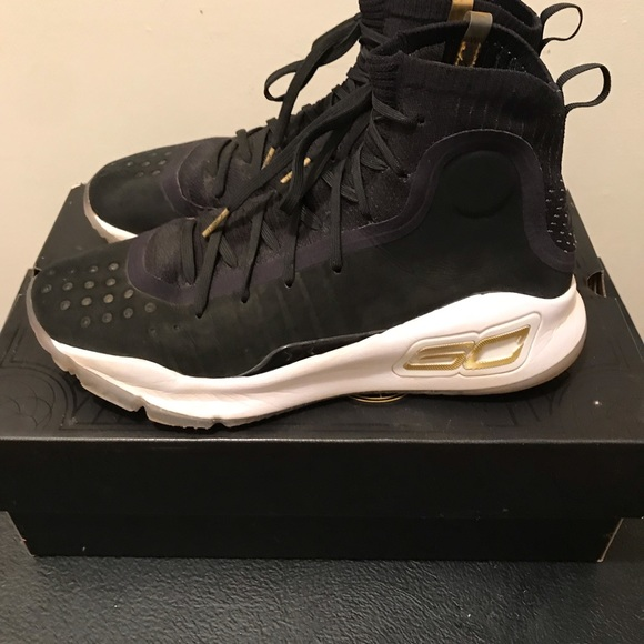 buy online 09923 530ea Curry 4 'More Dimes'